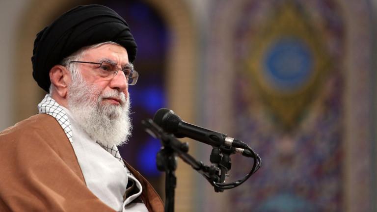 Хаменей: Протестите в Иран са саботаж