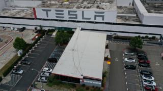 Как се започва работа в Tesla? Един българин разказва от първо лице