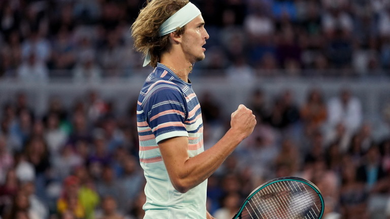 Саша Зверев продължава без загубен сет на Australian Open