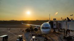 """737 Max на """"Боинг"""" може да остане приземен до 2020 г."""