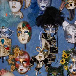 СУ празнува 120-годишнината с бал с маски