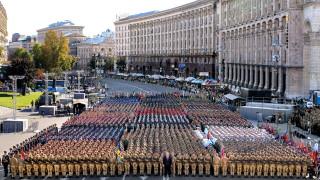 Украйна разкъса всички окови с Руската империя и Съветския съюз, обяви Порошенко