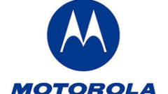 Motorola представи бюджетен Android телефон