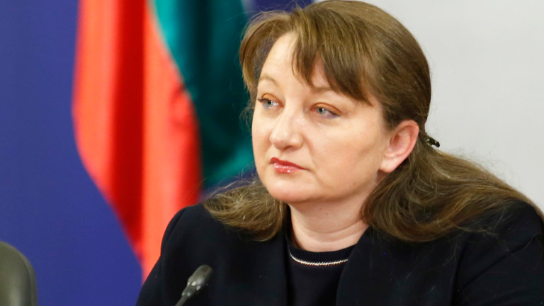 Сачева не се срамува от политиката на ГЕРБ