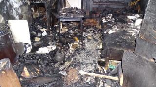 75-годишен дупничанин е с тежки изгаряния след пожар в дома си