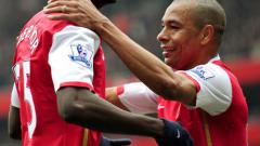 Емануел Адебайор подписва нов дългосрочен договор с Арсенал