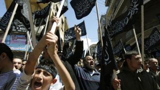 Бегълци от сирийската армия нападнаха военен комплекс при Дамаск
