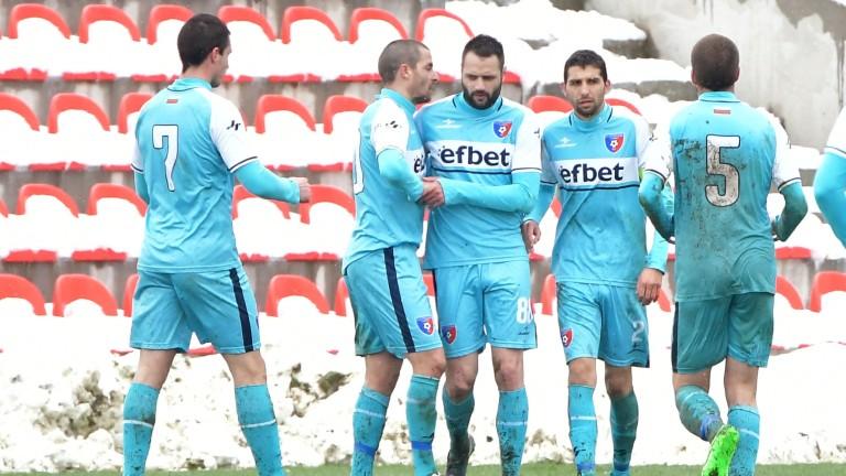Снимка: Славия и Ботев  в спор за футболист от Втора лига