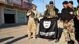 """Намериха пропаганда на """"Ислямска държава"""" у двама шофьори на евродепутати"""