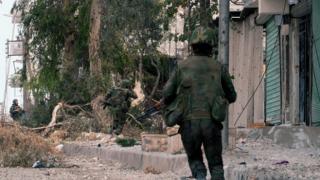 """""""Ислямска държава"""" освободи стотици отвлечени цивилни в Сирия"""