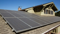 Защо германски соларни панели втора ръка се озовават в България?