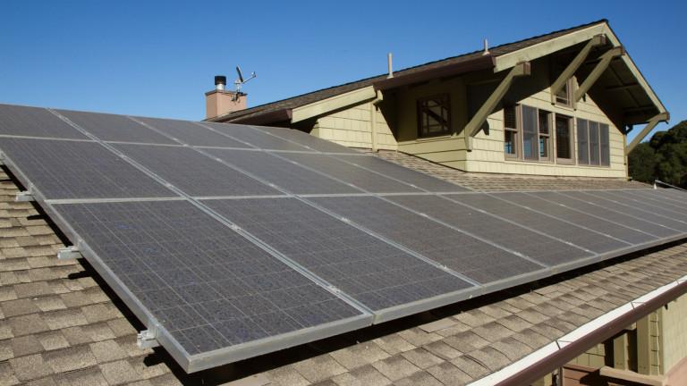 Сериозен ръст на присъединените фотоволтаични системи отчитат в България от