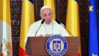 Папа Франциск се обяви срещу безразличието към мигрантите