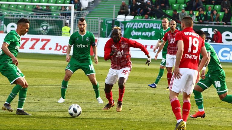 ЦСКА приема Лудогорец в голямото дерби на 18-ия кръг в