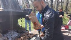 Футболистите на Локо (Пд) сплотиха колектива с барбекю