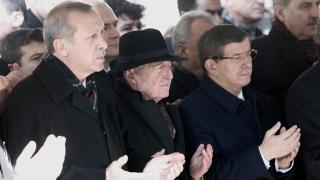 """Ердоган се прощава с """"неоосманските мечти"""""""