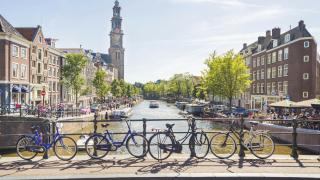 И в Нидерландия определиха час за пазаруване на  възрастните хора