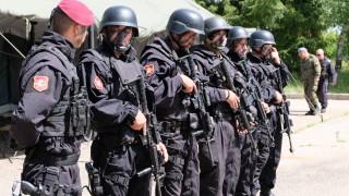 Търсят се сапьори и санитари за спецсилите на армията
