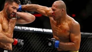 """Машината за събмишъни Роналдо """"Жакаре"""" Соуза твърдо се е прицелил в титлата на UFC"""