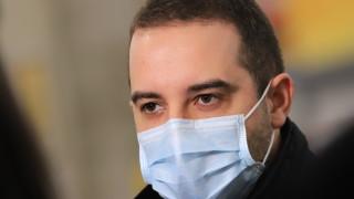 Засега не се налага изтегляне на AstraZeneca, увери Богдан Кирилов