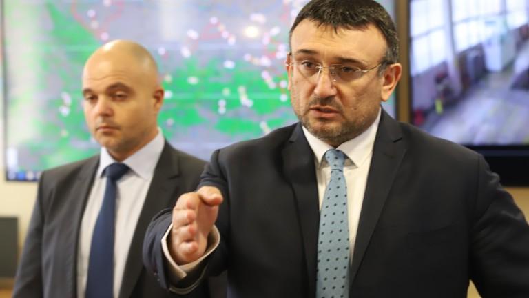 Борисов чертае спешен план за връщането на тарикатите в София
