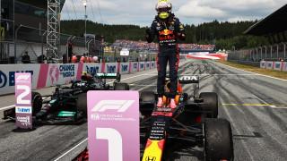 Макс Верстапен с безапелационна победа в Гран при на Австрия