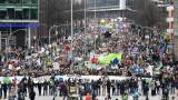 10 000 души се присъединиха към Грета Тунберг на протест за климата в Хамбург