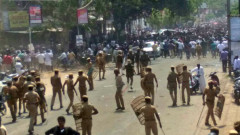 Най-малко 9 души са убити от индийската полиция в протест срещу замърсяване