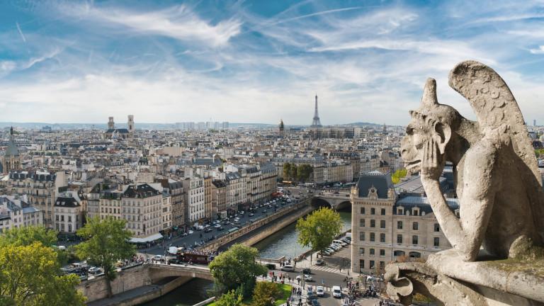 """Квазимодо, който спаси Парижката """"Света Богородица"""", за да я погребе отново"""