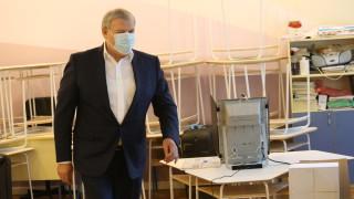 Румен Христов обяви, че е гласувал за България, член на ЕС, НАТО и Шенген