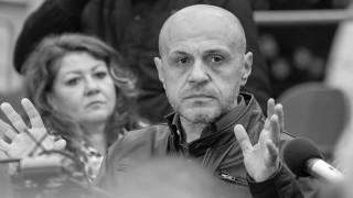 Томислав Дончев за функцията на политиците - да бъдат отдушник на народния гняв