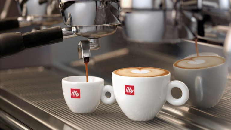 Италианската illy дразни апетита на гигантите в индустрията на кафето