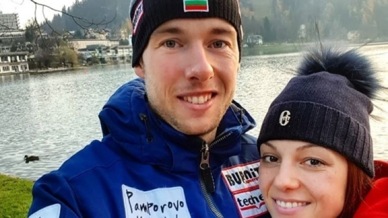 Бившата нациоанална състезателка по биатлон Десислава Стоянова роди момиченце. Младата