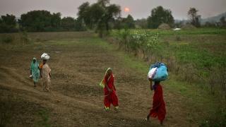 Икономическият растеж на Индия удари 6-годишно дъно