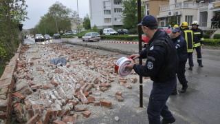Паднала стена на бивше военно поделение уби човек в Хасково