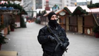 Германия дава 100 хил. евро за инфо за тунизиеца, подозиран за терора в Берлин
