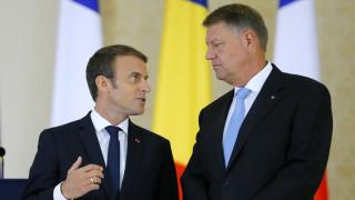 Макрон е по-уверен за командированите работници след срещите в Румъния