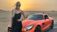 Блондиката, която кара най-скъпите и бързи автомобили в света