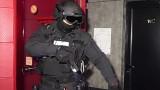 Разбиха група сводници - 13 в ареста, издирват още двама