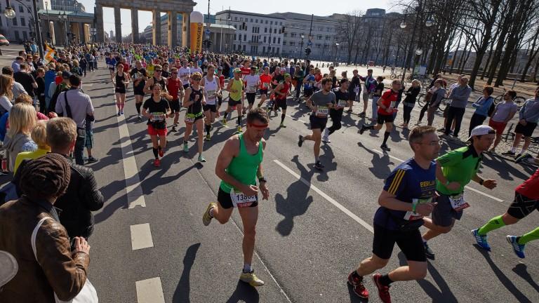 Изненадани няма: Кенийски триумф на маратона в Лондон