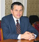 Абаджиев учреди дясно сдружение