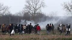 Българите все по-неинформирани по темата за бежанците