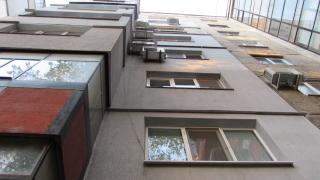 3-годишно дете падна от тераса на блок в Бургас