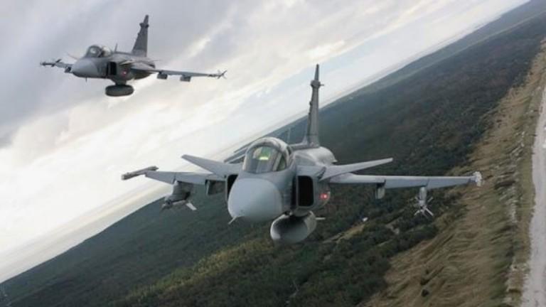 Шведската страна остава отворена за преговори за Gripen