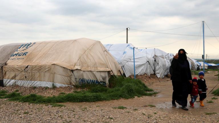 Над 1000 бежанци се върнаха в Сирия за денонощие