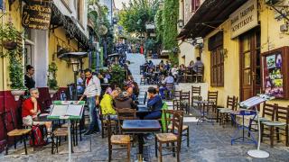 Гърция иска да прокара противоречив закон против конфискация на жилища...