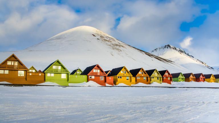 Заснежените планински върхове са първото нещо, което посетителите могат да