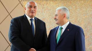 Ние докарахме азерския газ в България, хвали се Борисов