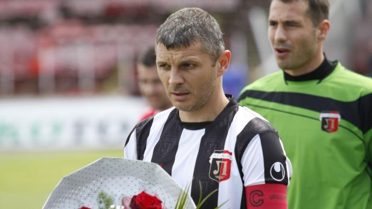 Здравко Лазаров се завръща на терена!