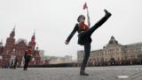 15 хил. войници в Русия репетират за Парада на победа в разрез с мерките срещу коронавируса